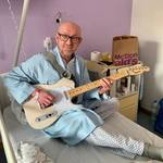 The Bluesman in the hospital 😎 #bluesman #blues #electricguitar #hospital #musician #bluesmusic #guitarist #telecaster #harleybenton #retroblues #retroblues_cz #retroblues_net #mcdonalds #hungry